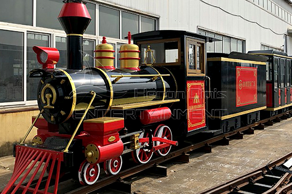 Antique Amusement Park Train Is Available in Dinis