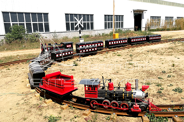 Best Track Train Rides Can Be Purchased in Dinis Factory