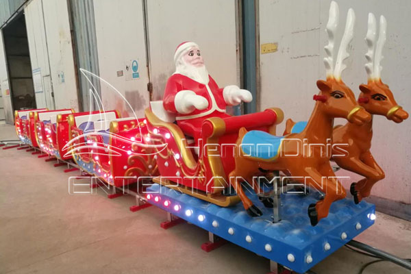 Mini Track Christmas Train for Sale in Dinis
