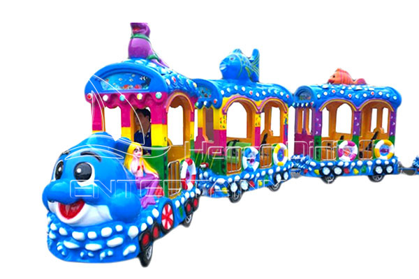 Ocean Trackless Train Is Available in Dinis